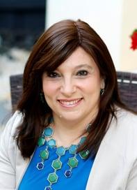 Dr Jocelyn Lowinger - outdoor